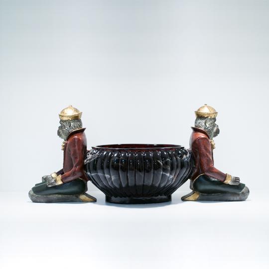 Cachepot Oval com Macaco