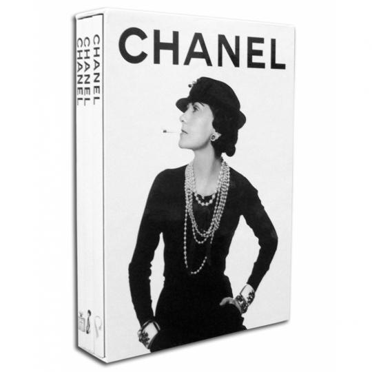 Chanel - Slipcase